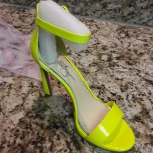d36191738e8 Jessica Simpson heels in the style js-plemy NWT
